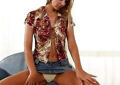 Incredibly Hawt Blond Solo Play HD